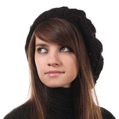 Дамска плетена шапка Pulcra R100