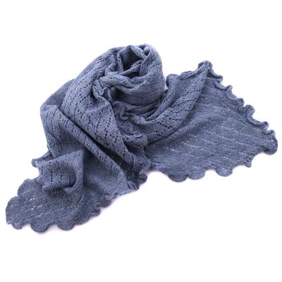 Дамски плетен шал R101